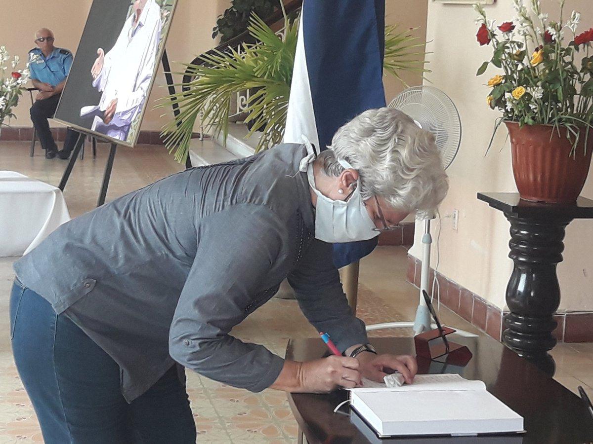 Camagüey despide a Eusebio Leal con emotivas notas en el Libro de Condolencias