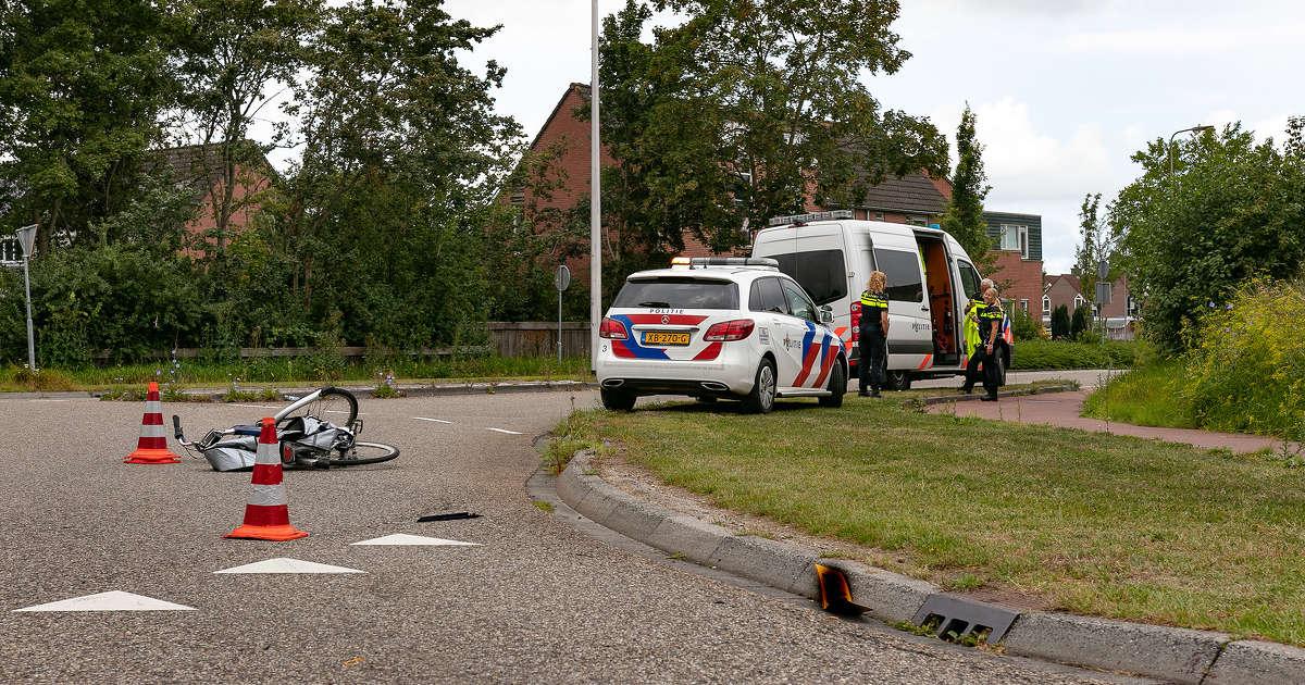 Automobilist rijdt door na aanrijding met fietser..
