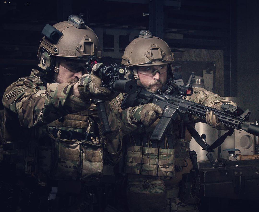 #Repost @hrttacticalgear  #thepewpewlife #tacticalgear #platecarrier #bodyarmor #gunsofinstagram #gunsdaily #firearmsdaily #helstar6 #gunsdailyusa #swat #sheriff #hrttactical #tacticalequipmentpic.twitter.com/ItoE1oNVYx