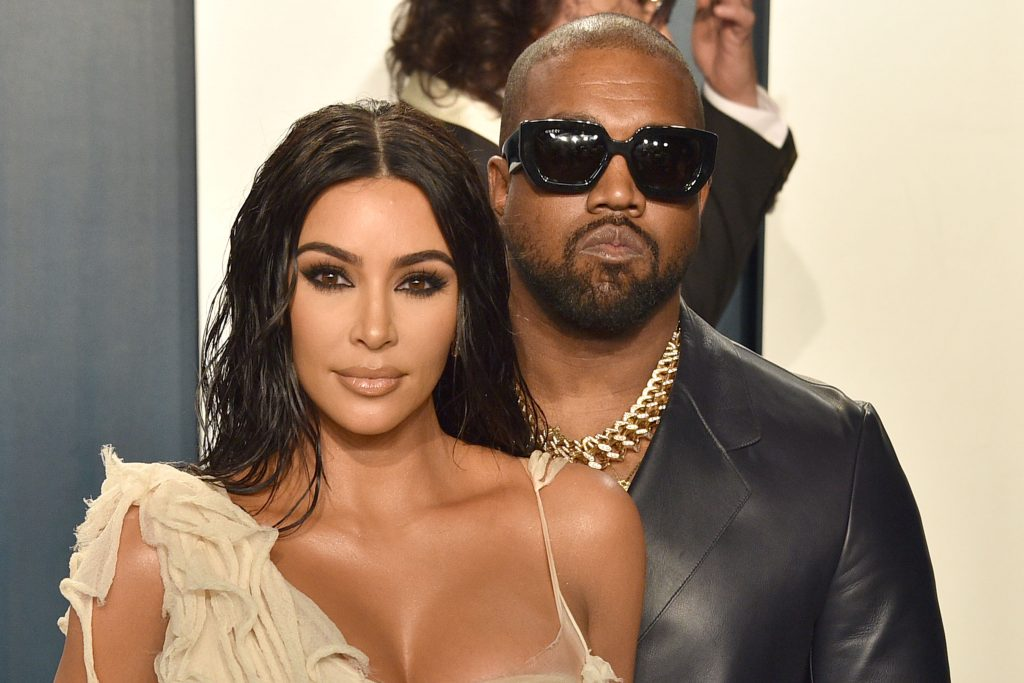 the-reason-kim-kardashian-west-was-crying-while-talking-to-kanye-on-wyoming-trip-revealed Photo