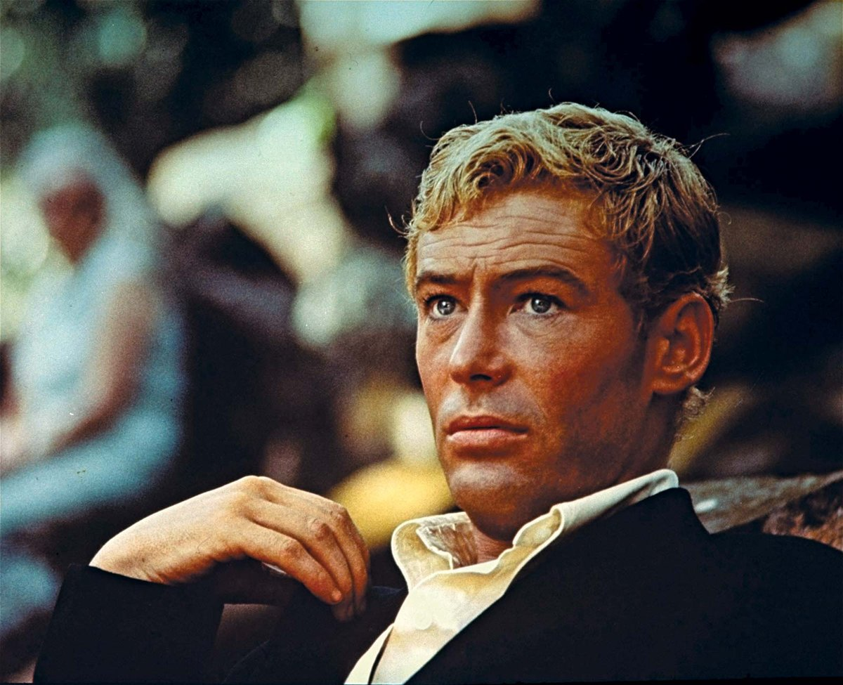 Peter Seamus O'Toole (2 Aug 1932 – 14 Dec 2013) was a British stage & film actor of Irish descent. He gained recognition as a Shakespearean actor at Bristol Old Vic & w/ the English Stage Co. In 1959 he made his West End debut.  #peterotoole  #lawrenceofarabia #therulingclass pic.twitter.com/tYufAoPgfY