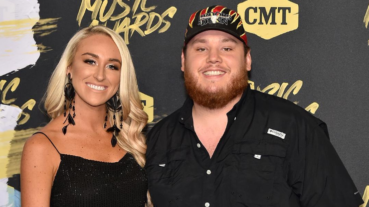 luke-combs-and-nicole-hockings-weekend-wedding Photo