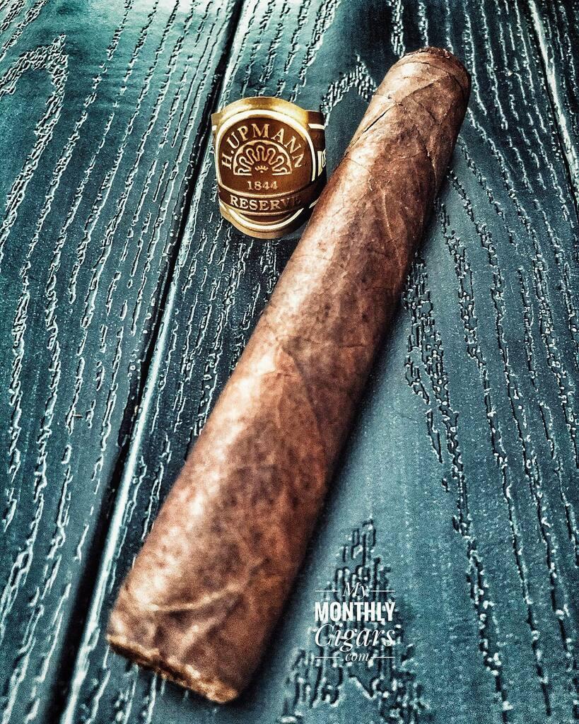 Sunday Funday!   #mymonthlycigars #teamcigars #thecollectivesmoke #carrymartinezcigars #cigarclub #botl #sotl #cigar #cigars #whatimsmoking #cigarsmoking #coffee #cigarsmoker #cigarpic #cigarlife #cigarboss #cigaraficionado #cigaroftheday #subscr… https://instagr.am/p/CDZjGLeH_3H/pic.twitter.com/IhEqsO3zA7