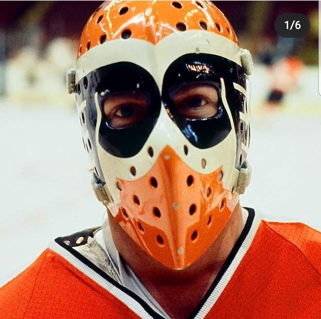Porte ton masque/ wear your mask #COVID19 #coronavirus #vintage #goalie #flyers #nhl #lnhpic.twitter.com/fhz9o1vmgt