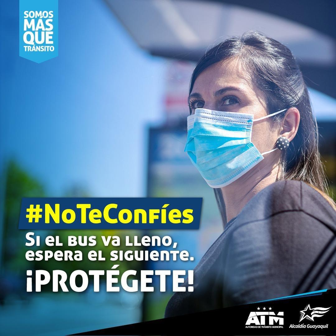 La pandemia aún no termina. Cuando uses el bus #NoTeConfíes y por tu salud toma todas las medidas de bioseguridad.   Juntos #SomosMásQueTránsito. https://t.co/To28iWu0R6