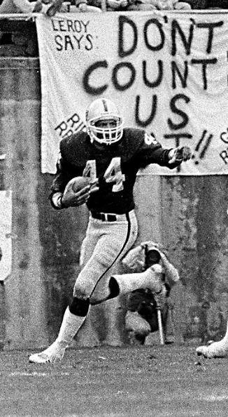Happy birthday to former #Raiders DB Burgess Owens, August 2, 1951.  A Super Bowl XV champion. https://t.co/Ziz3EjfMdu