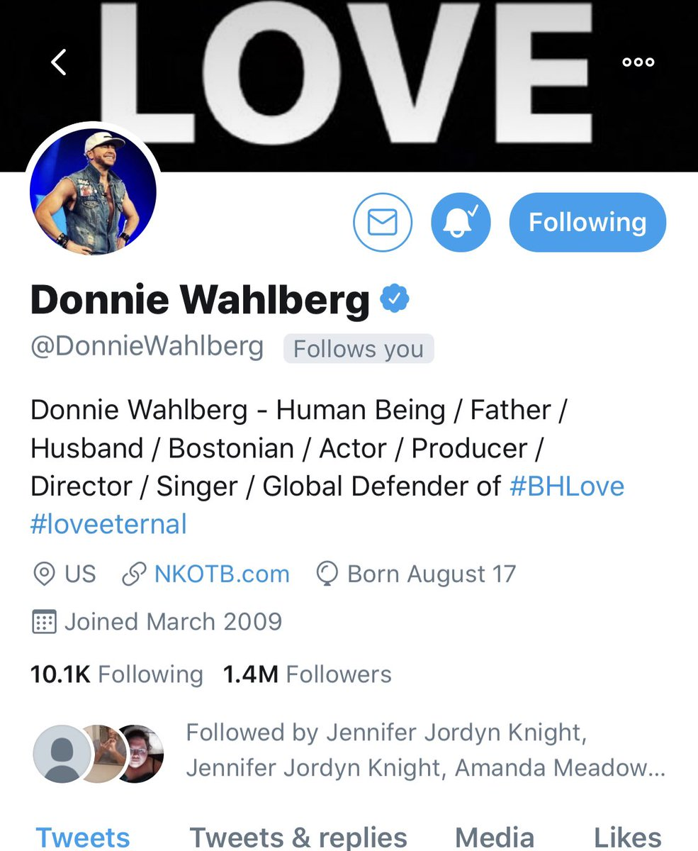 So this just happened!! Ahh Thank you @DonnieWahlberg you just totally made my day❤️❤️❤️