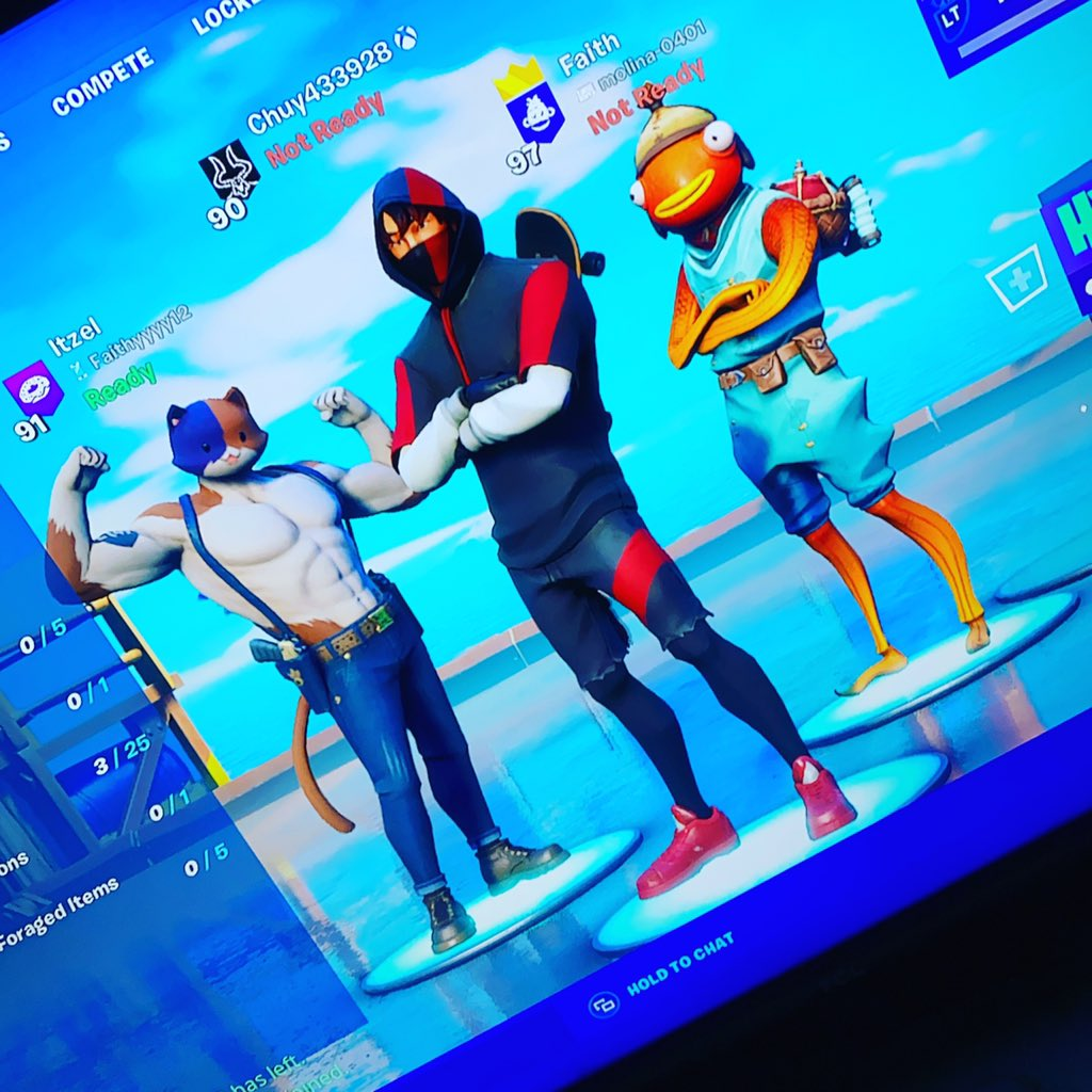 Come join us play fortnite and chill on twitch link is in my bio #twitch#twitchstreamer #ikonikskin #fortnite #fortnitesquads pic.twitter.com/wlF05oxN8a