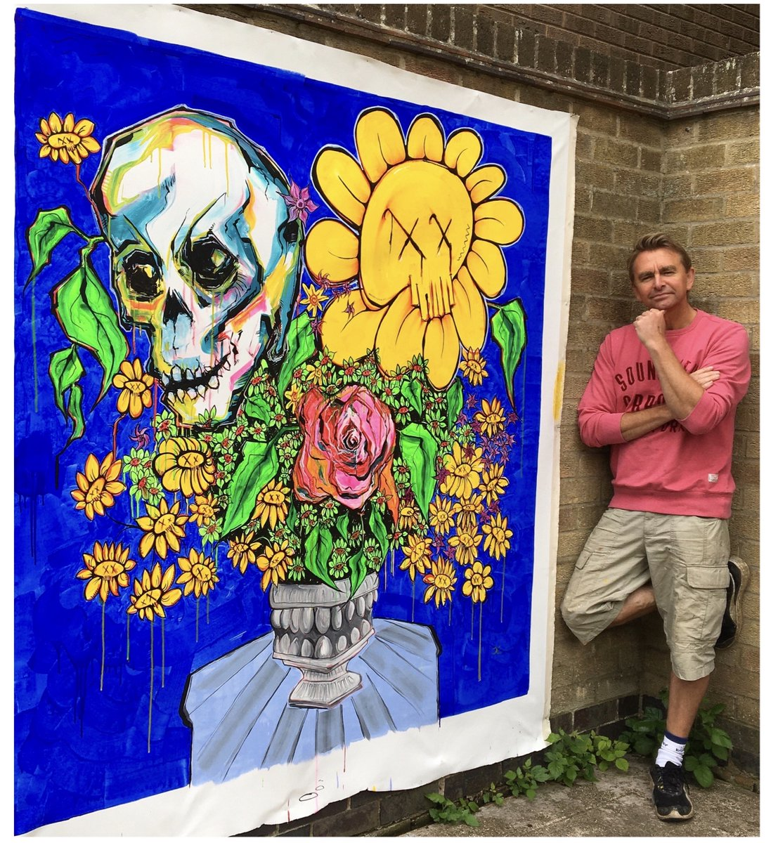In these large #artworks I'm exploring the crossovers of #arthistory, #contemporarypainting and #StreetArt. http://jonjoelliott.com  #art #Flowers #MondayMotivaton #MondayMorning @streetartnews @StreetArt360pic.twitter.com/UMuV1nH05Y