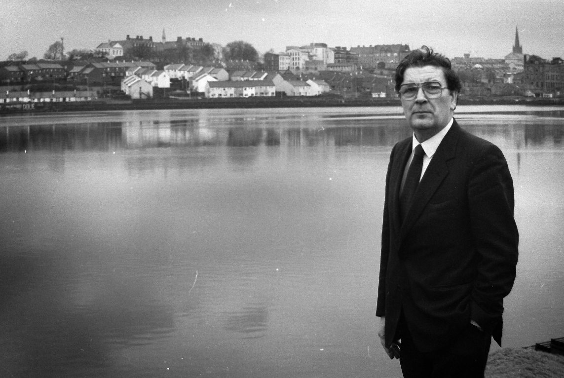 """Andrew Neil on Twitter: """"So sad to learn that John Hume was passed ..."""