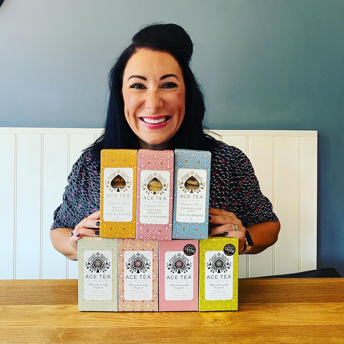 Some #MondayMotivation for you!   Enter my #Competition to #WIN an @AceTeaLondon prize bundle of Tea & Tea Dunker biscuits! Just #FLW us both & #RT   T&C's: https://suzypeltabakes.com/competition/ace-tea-london-tea-biscuits-bundle-giveaway/ …  #MondayVibes #mondaythoughts #giveaway #ad pic.twitter.com/McSjqAPnib