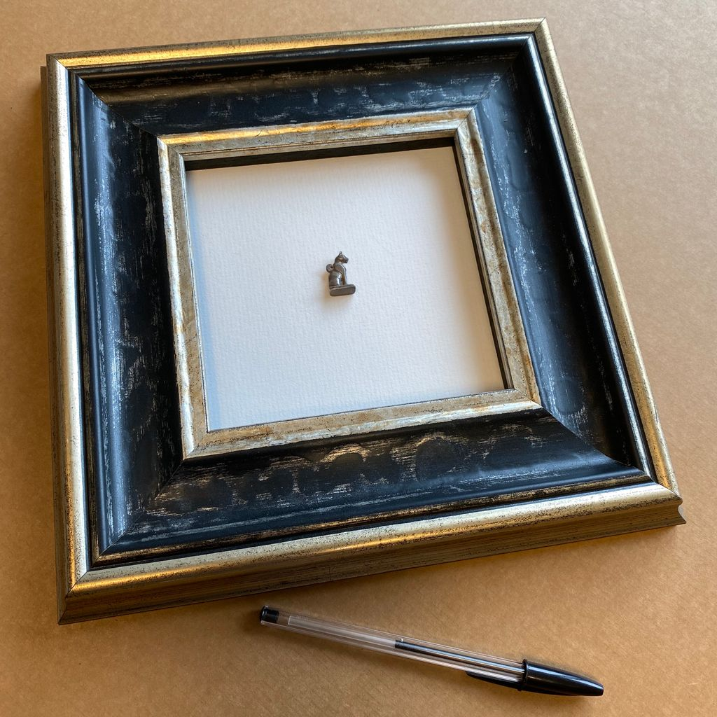 We framed this tiny Egyptian cat charm within a shallow box frame. With the magic glass it looks unglazed #truevue  #framing #timberframing #pictureframing #custompictureframing #customframing #woodframing #bespokeframing #framingart #artframing #uckfield #sussex #wealdenpic.twitter.com/Zb9BaJSZUl