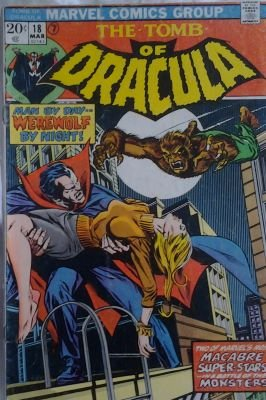 The excitement of discovering Dracula vs Werewolf on a metal spinner rack in a small newsagent in Birmingham in 70s. Of course couldnt get the conclusion in W B N. Finally read it in the Uk Dracula Lives a mere 35 years later! #Tombofdracula #werewolfbynight #marvelcomics #horrorpic.twitter.com/OKhNVhbHDj