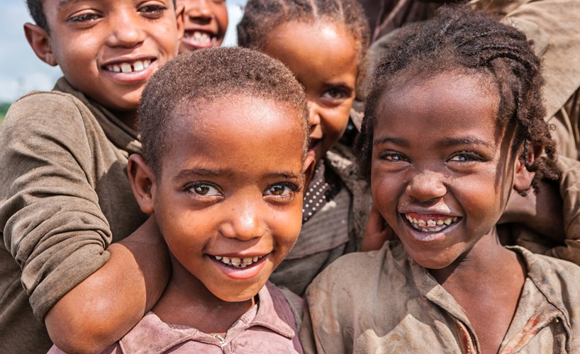 Did you know that Africa has the youngest population in the world with half of it being below 25 years old?  #Africa #voyager #explorer #facts #geography #AfricaisAmazing   Image credits: @iStockpic.twitter.com/FM27lW67jP