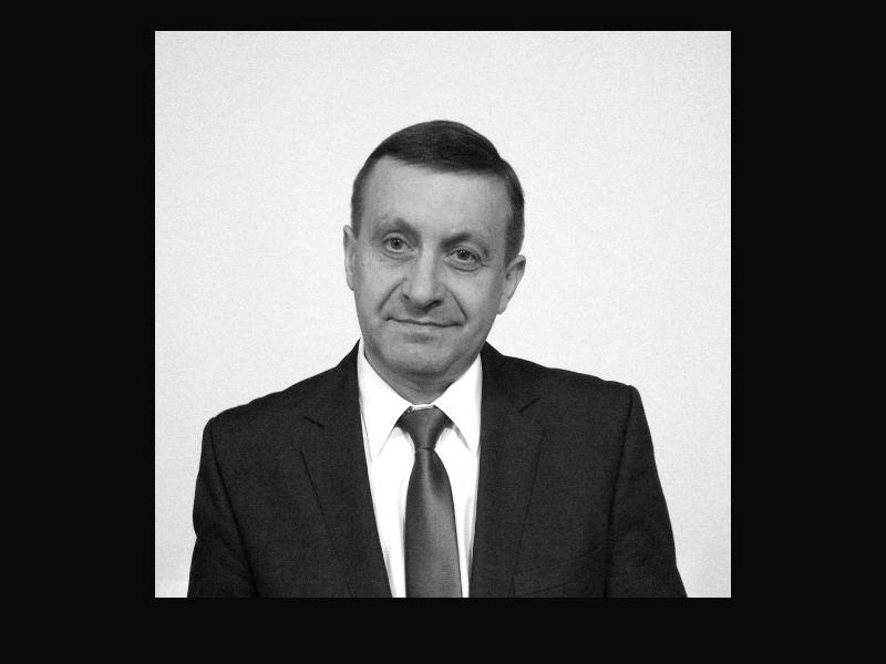Tragiczna śmierć sołtysa - https://t.co/cEvkCWXgpt #PiasecznoNEWS #Piaseczno PIASECZNO Wczoraj wieczorem zmarł sołtys Kamionki Zdzisław Gierula. W piątek został pogryziony przez osy, niestety nie udało się go uratować Do zdarzenia doszło w piątek, 31 lipca ok. godz. 15.00 w ... https://t.co/7qkpE27aOo