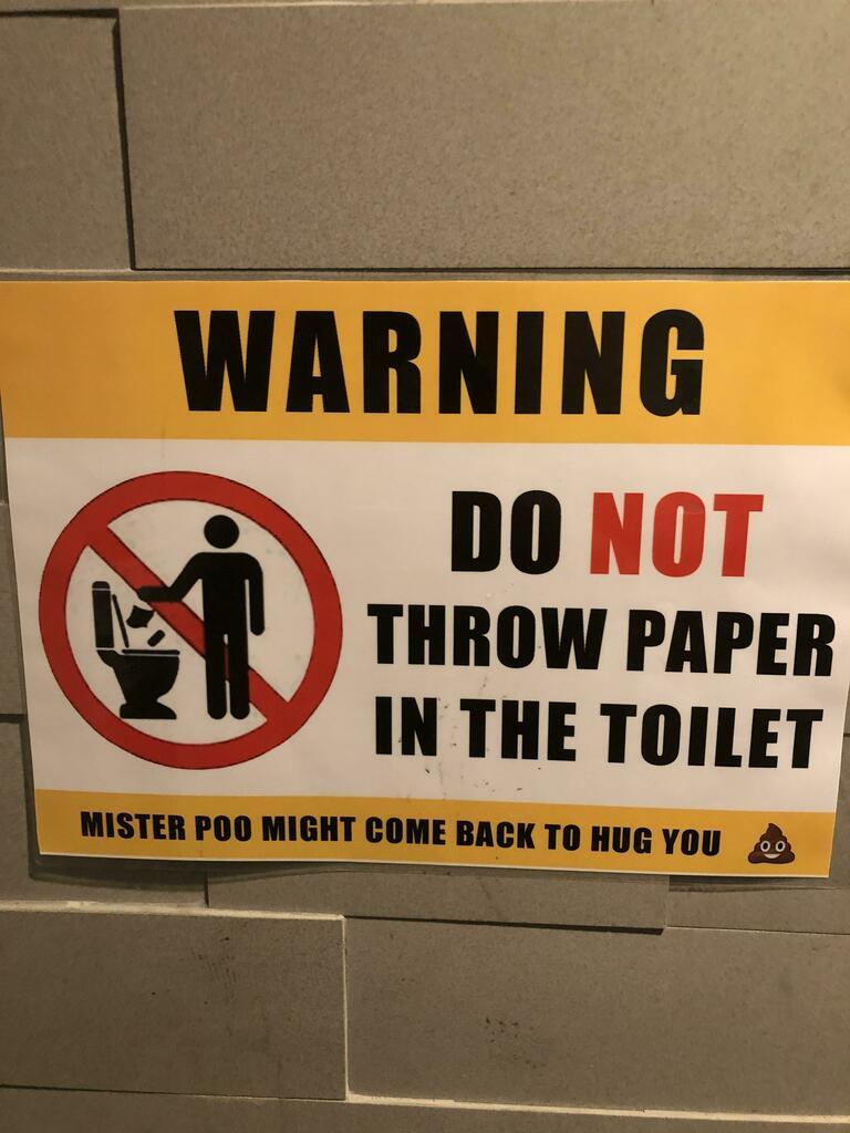 Mr. poo is real! #funny #lolpic.twitter.com/BQkjNFYydm