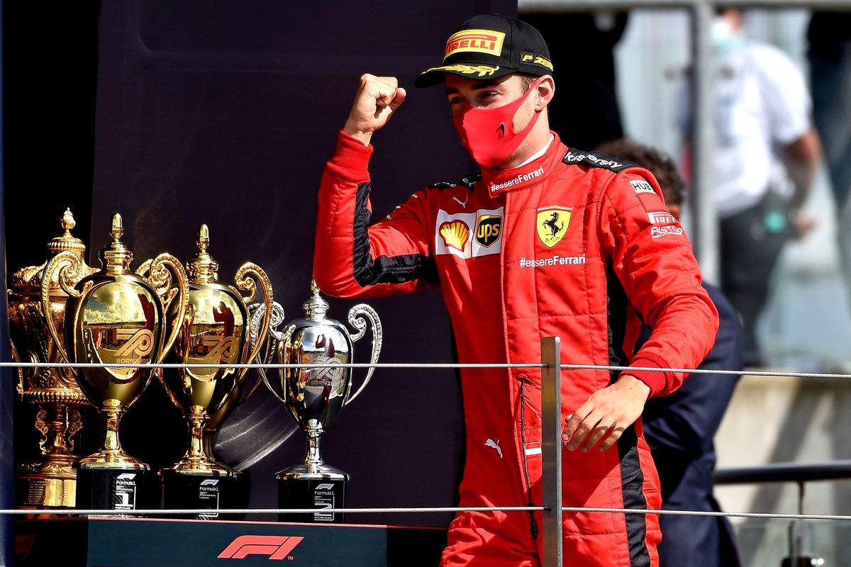 Y tema Ferrari... es evidente que hay un piloto motivado y el otro no. Leclerc es la punta de lanza del proyecto mientras que a Vettel le han enseñado la puerta de salida. Eso lógicamente afecta a los resultados pero el talento del alemán es incuestionable #F1 #BritishGP https://t.co/kyib4MHY1c