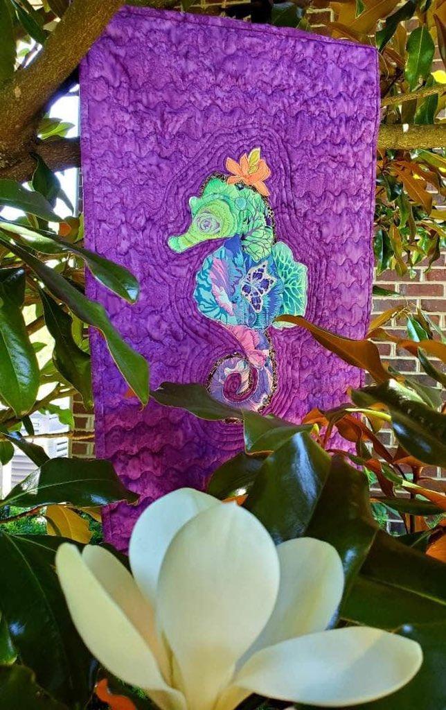 Show me your seahorse!💜Here is mine🤩The mom of a friend made this gorgeous one for me x #auction @efkentuckiana #gala #EpilepsyAwareness #TemporalLobe #Epilepsy @UKYneuroscience @rwardmitch1 @WNGtweets @EpilepsyFdn @myepilepsystory @hollar_sv @TheNotoriousEEG @spikewhisperer https://t.co/W3IOPTqlys