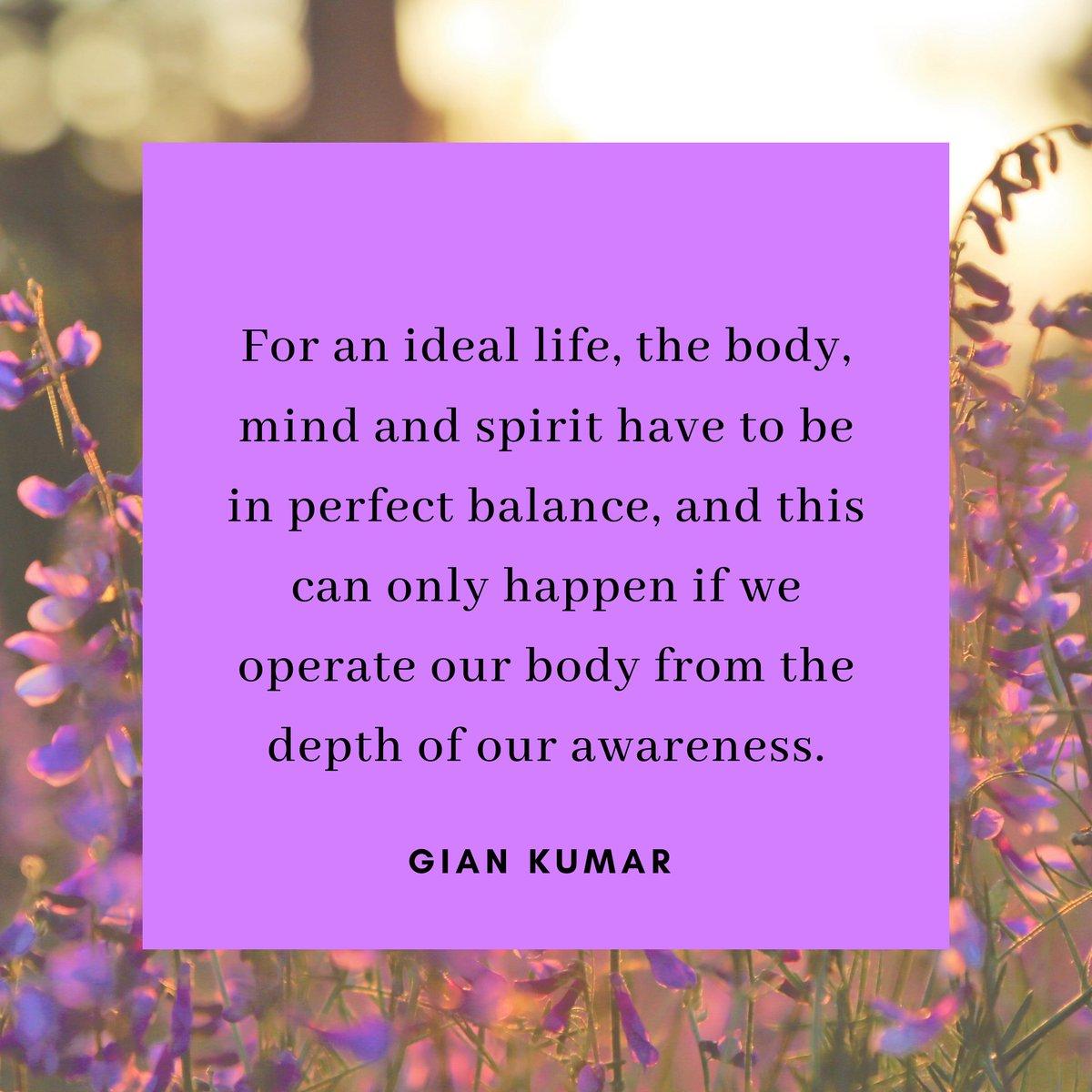 Monday Motivation! . . . . . #giankumar #spiritualauthor #spiritualist #spiritualpower #mustread #mindfulness #mindfulnessmatters #ego #mind #balance #harmony #discipline #hayhouse #hayhouseindia #control #bookstagrampic.twitter.com/6qANS79CA1