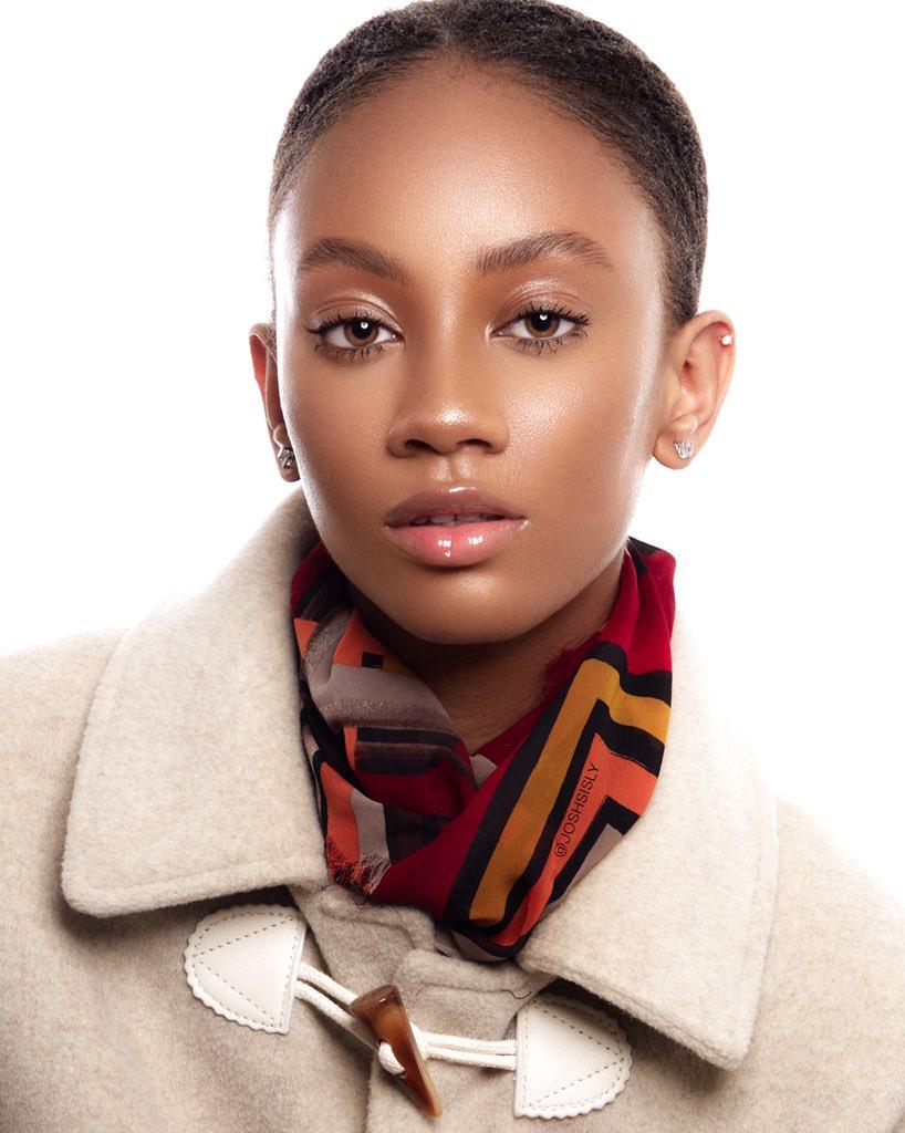 T.I.M.E.L.E.S.S •  B.E.A.U.T.Y  Makeup @makeupbyzulky Photography @joshsisly Model @tashanaq #makeupbyzulky #beautyeditorial #flawlessmakeup #dewymakeup #dewyskin #glowingskin #naturalmakeup #glow #naturalbeaty #classicmakeup #skinisin #freshfacepic.twitter.com/XfAO7bS91r