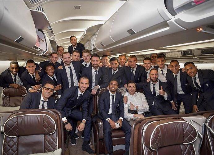 Addio Juve, lascia Torino ma rimane clamorosamente in serie A! I DETTAGLI ->    https://t.co/uPT0IFHFPl https://t.co/gCTTguAvCn