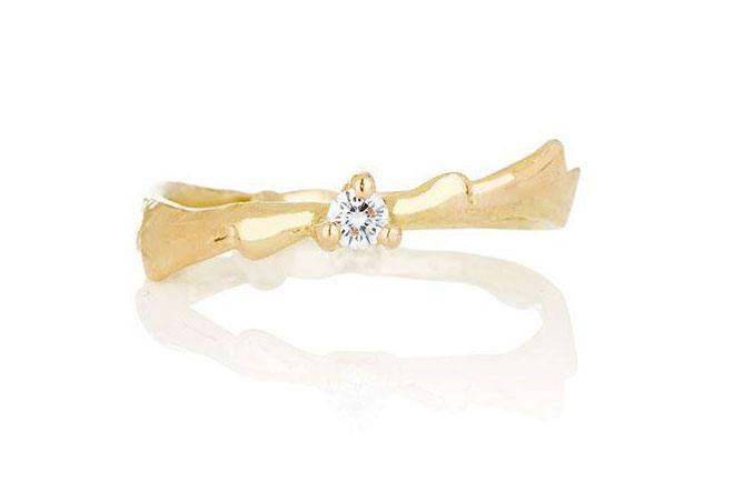 Aurum by Guðbjörg New Wedding Rings Collection #EthicalJewelry #SustainableJewelry http://wp.me/pacf4R-1PL pic.twitter.com/qKEZVn4VzT