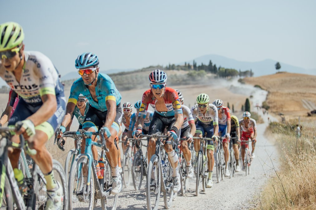 Strade Bianche 2020 gallery: a scorching return for WorldTour racing   https://t.co/CgRDKEZI3c https://t.co/f9V69VOTeV