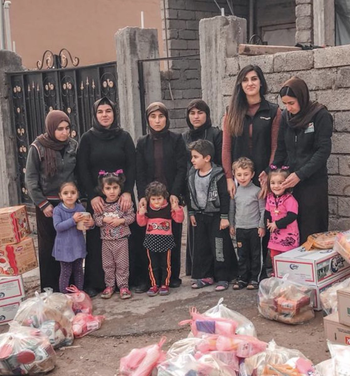 #YezidiGenocide   Our #Iraq coordinator @FahmiSozan has been coordinating aid for the #Yezidi IDPs since 2015 !Most of these women have lost their families to ISIS brutality! We have been providing food and other essential support to these women   Our support continues.... pic.twitter.com/ovN8x3AK9V