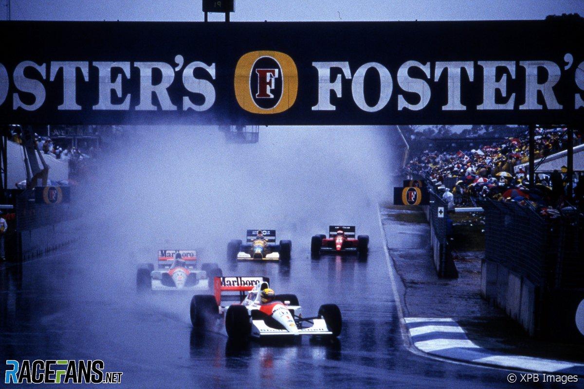 #2020BritishGrandPrix #BritishGrandPrix Hamilton beats Senna's record for lights-to-flag victories | 2020 British Grand Prix stats and facts https://t.co/v34mKlrZfD https://t.co/NT7YjjiV9A