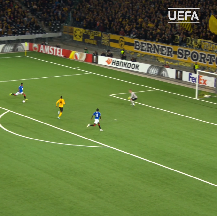 🔵 Alfredo Morelos in this seasons competition: ⚽️6⃣ 🅰️1⃣ 👕8⃣ #UEL | @RangersFC