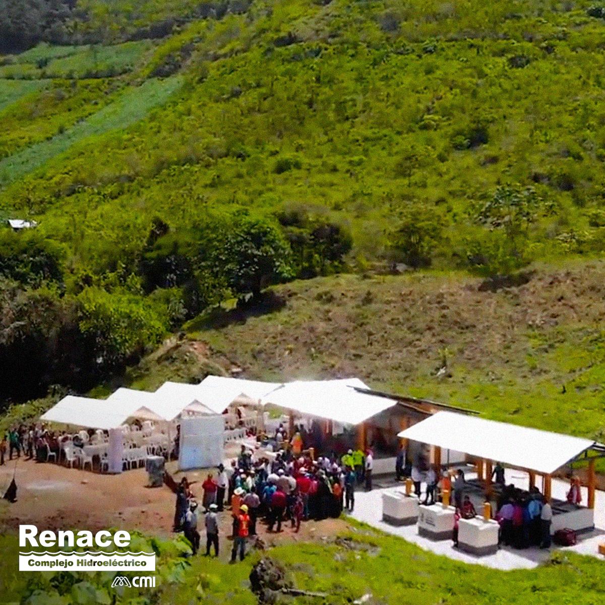Apoyamos a la familias de las 29 comunidades vecinas, brindando infraestructura que transforma sus hogares como los abastecimientos de agua: aljibes y tinacos, para que sus hogares estén abastecidos. #RenaceAporta Conoce cómo lo hicimos aquí: https://t.co/SIEsVS01SU https://t.co/TVEbltSGg7