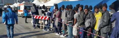 """Fuga di migranti dal centro Bisconte di Messina, De Luca """"Se non verrà chiuso in settimana lo occuperò"""" - https://t.co/qQUmEQEMUw #blogsicilianotizie"""