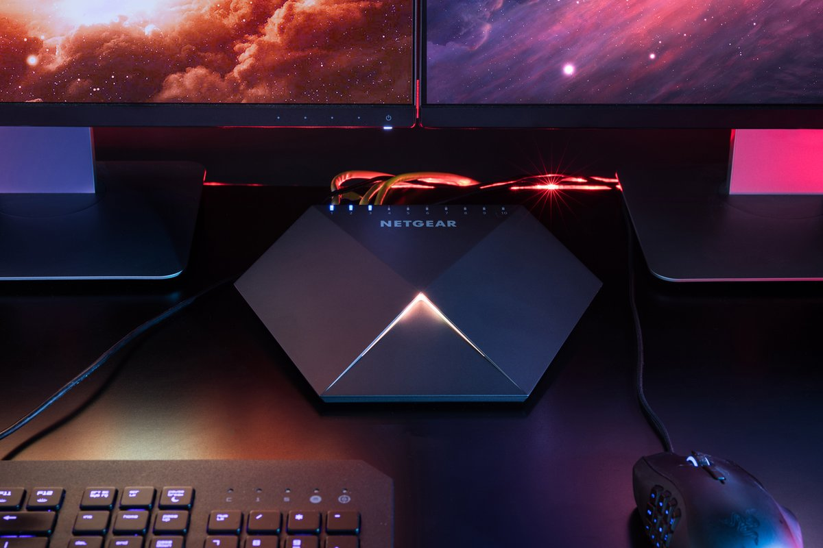 Get your gaming network connection on point with the Nighthawk Pro Gaming SX10 Switch! 🎮🖥️  Buy now > https://t.co/BRVQIU20m1 #gamer #progamer https://t.co/pRLulykWSg