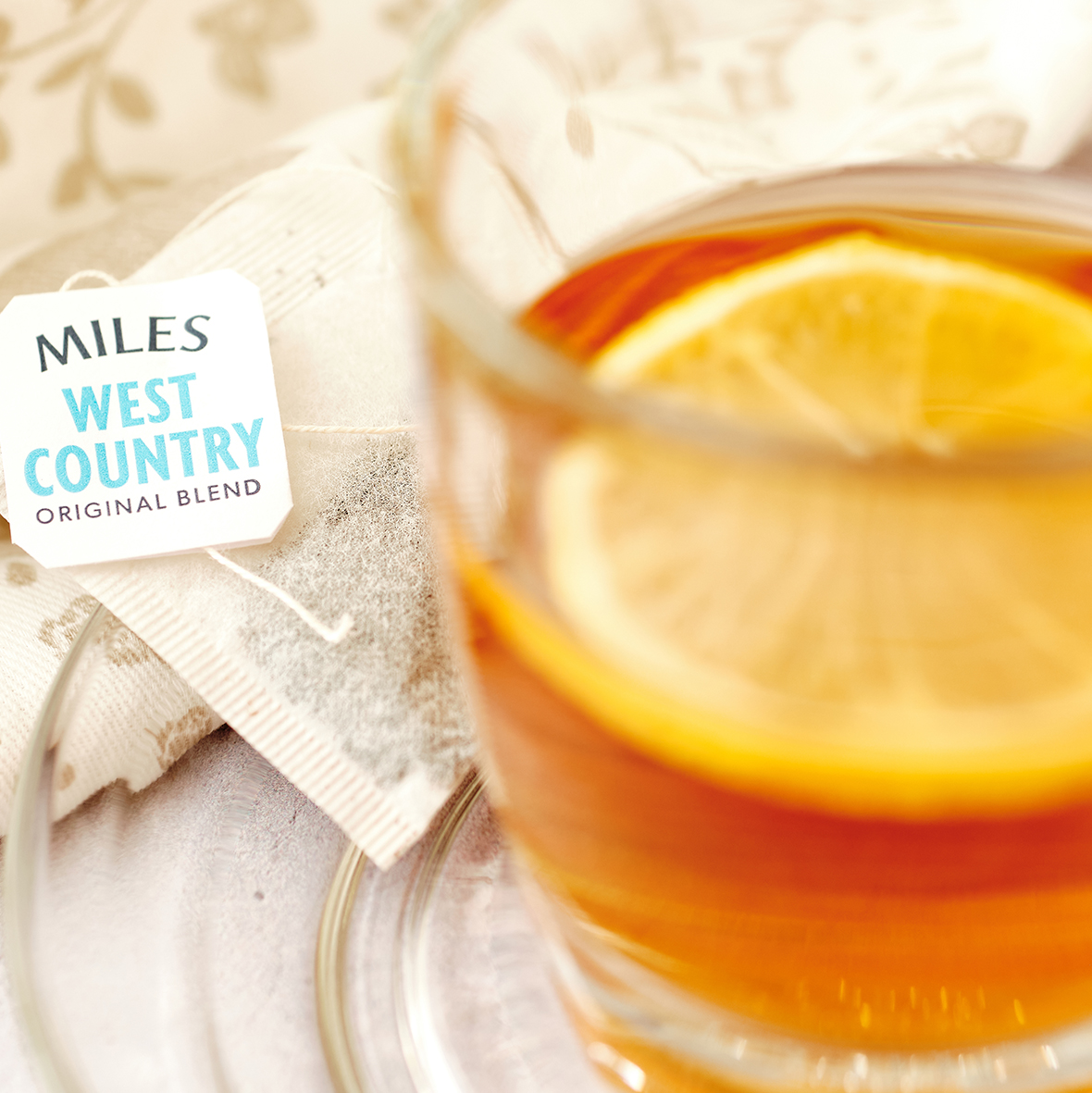 Nothing beats a great cup of tea   Credit: Copland Photography  #MomentswithMiles #MilesTea #TeaLeaf #Cuppa #TimeforTea #Lemon #WellnessWednesday #Humpday #WestCountry #Somerset #Exmoorpic.twitter.com/GDv1a1s6wn