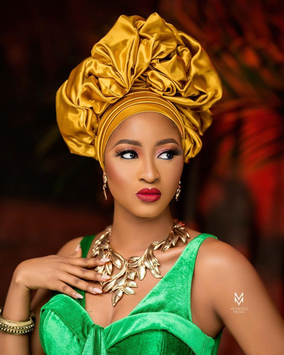 Kim Oprah is channelling her her inner african-queen vibe in this picture!  on a scale of one to ten, how beautiful does she look?   . . Photcoredit: @kimoprah  . . #kimoprah #BBNaija  #blackwomen #bellaniajaweddings pic.twitter.com/1wW0Nz2RSL