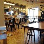 Image for the Tweet beginning: 居酒屋幸村さんの、テイクアウト弁当。    これで300円は破格です。 誰もいないリビングで一人で食べました😃 #柏エール飯