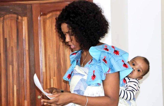Guinée : cette image de la cheffe de cabinet du ministère des sports en dit beaucoup sur elle !