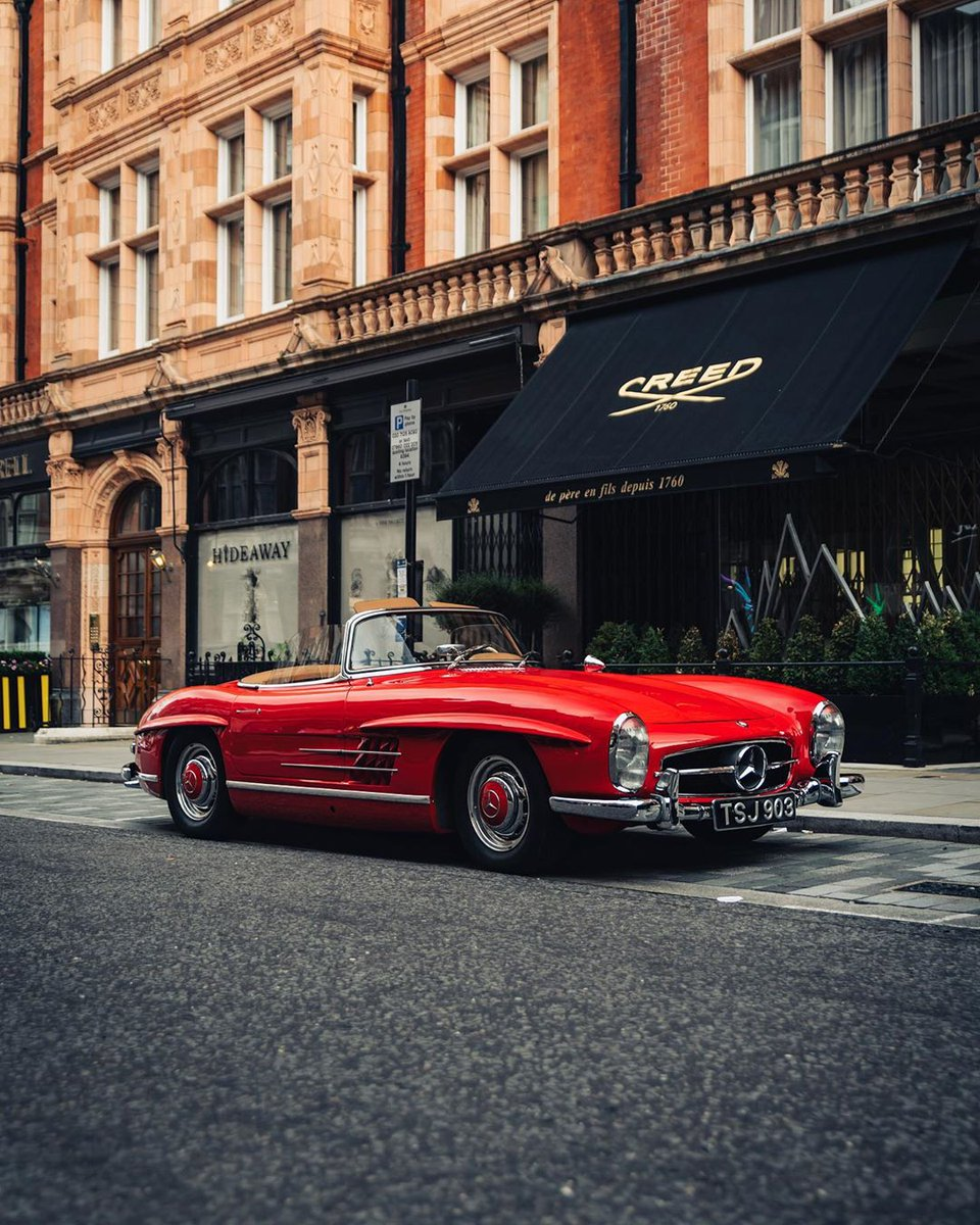 #Mercedes-Benz 300 SL Roadster via IG - tfjj #MercedesMonday https://t.co/8RV7MkdcBJ