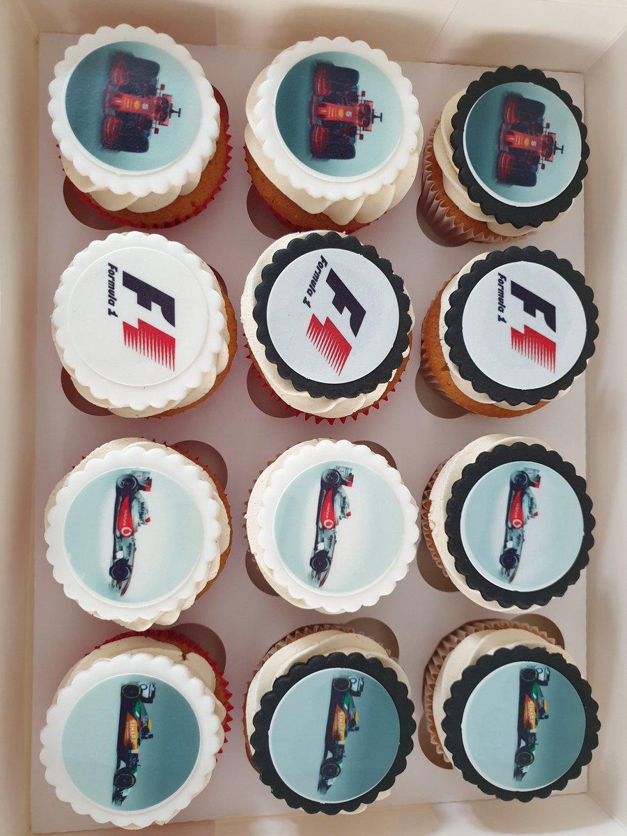 Time for a birthday bun thanks to @MrsP_6 #F1 #McLaren #Ferrari #ForceIndia #birthday https://t.co/3CPaNkjFDQ