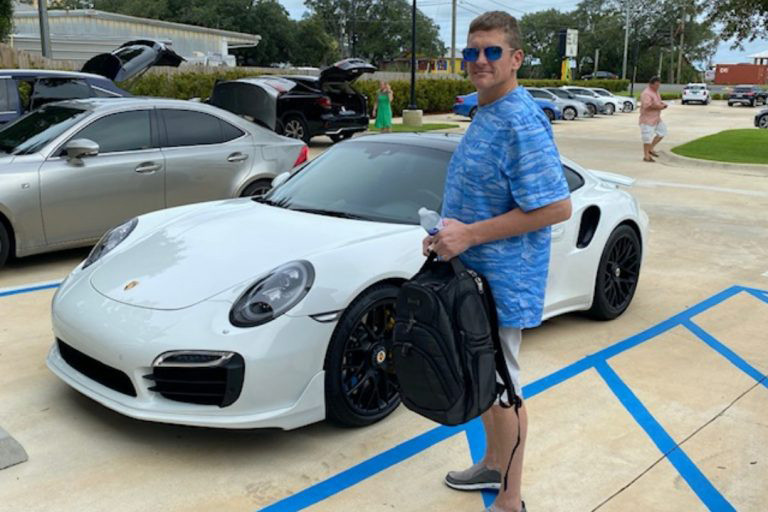 Florida man buys Porsche with fake check printed from home computer https://t.co/66iPwG61VY https://t.co/0BGxULR8CV