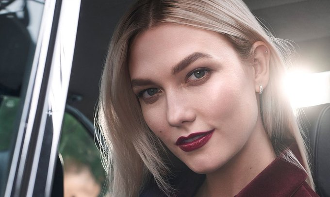 Happy 28th Birthday to stunning and gorgeous Karlie Kloss