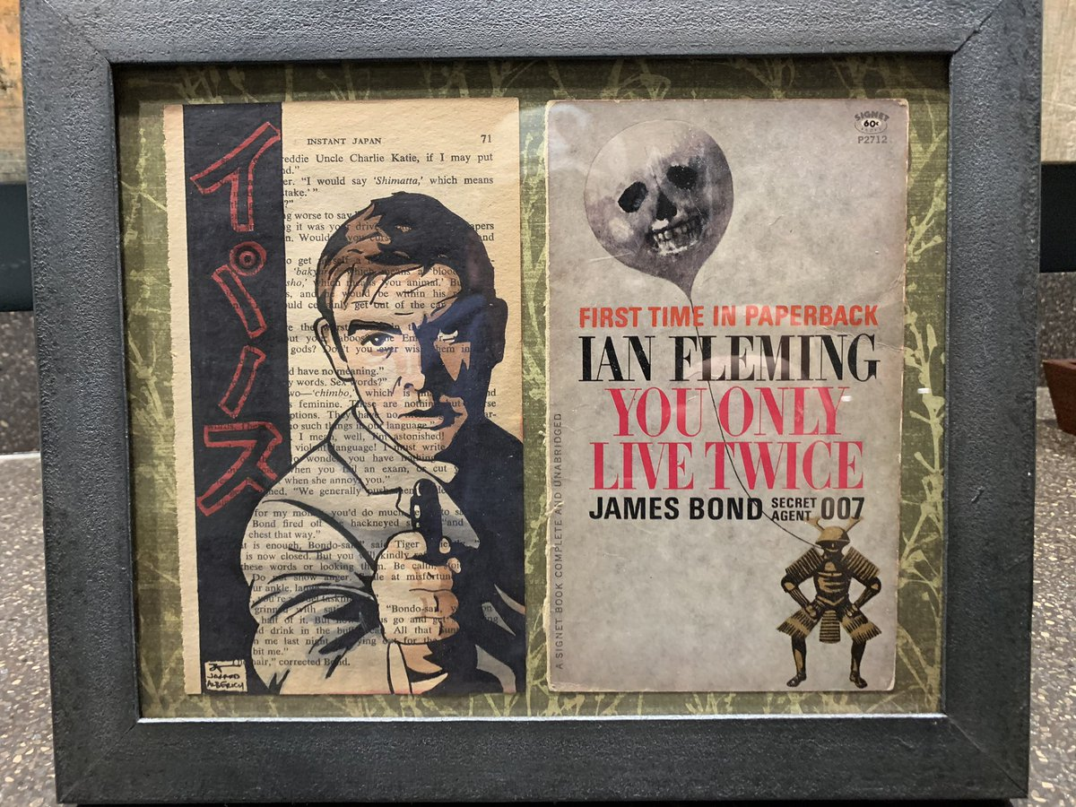 Wow! Another cool framing of my art - my clients are the coolest! #JamesBond pic.twitter.com/lE1S0SaOcd