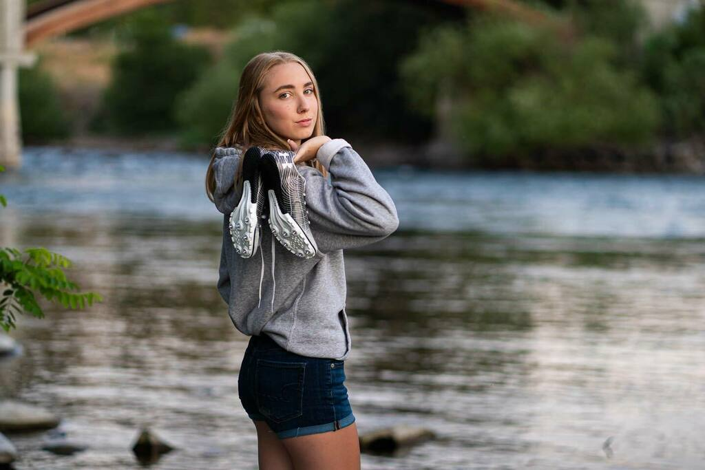 I love how simple and powerful the shot is from Meghan senior portrait session. #FranklinPhotography #Spokane #SpokanePhotographer #SeniorPortraitsForKen #PNWPhotographer #SeniorYear #2021 #SpokaneDoesn'tSuckI love how simple and powerful the shot is from Meghan senior portr… pic.twitter.com/TVoUTe4tFn