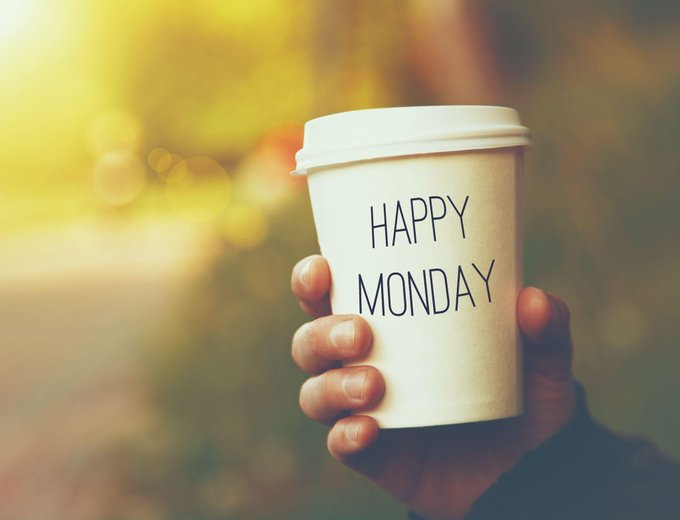 Get a grip on your week by getting a grip on your day! Happy Monday!  What's in your cup this morning? #Mondaymorning #morningcoffee #startoftheweekpic.twitter.com/BQFq78ZnBO