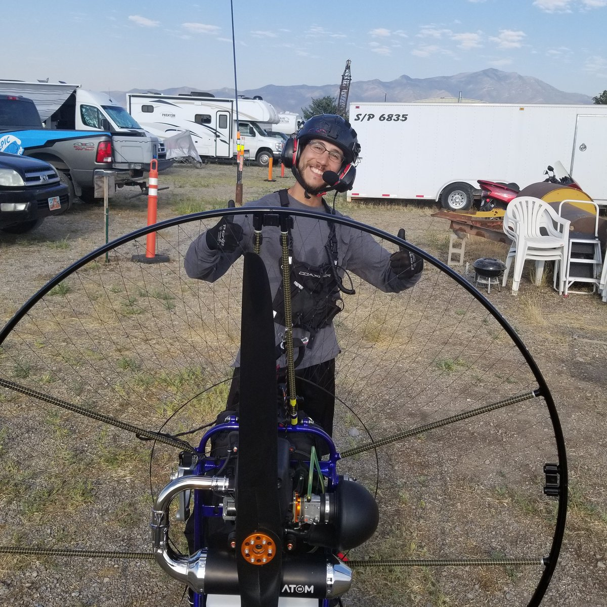 Cedar Valley Airport in Eagle Mountain Utah August 3, 2020  Paramotor classes this week by Epic Paramotor   @SeanReyesUT https://t.co/x3rRpW5Ftb