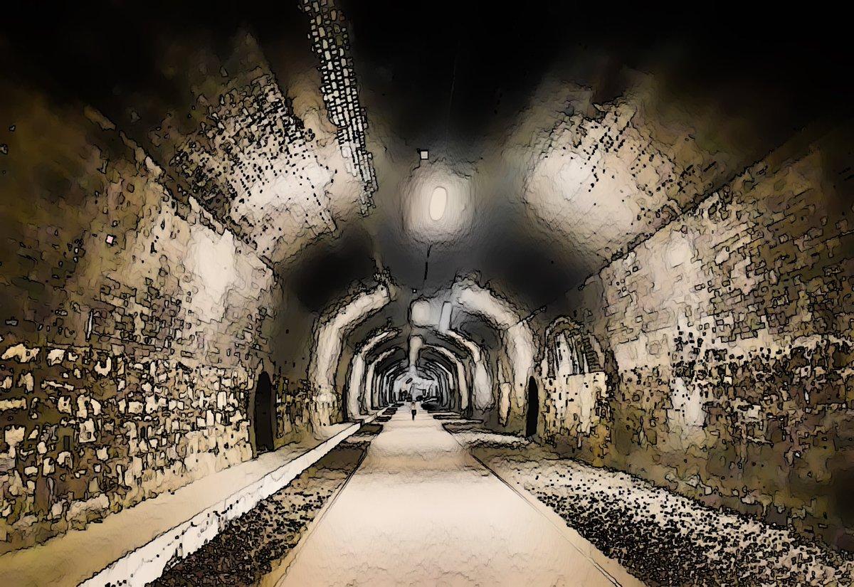 My take on Headstone Tunnel, Monsal Head, #Derbyshire @monsaltrail #ThePhotoHour #countryside #Railway #peakdistrict @thornbridge #mondaythoughts #MondayMotivaton #outdoors #sheffieldissuper @vpdd @derbyshire_live #traintracks #photographer #photographylovers #PhotographyIsArtpic.twitter.com/y7QgyYuvUk – at Monsal Head Viewpoint