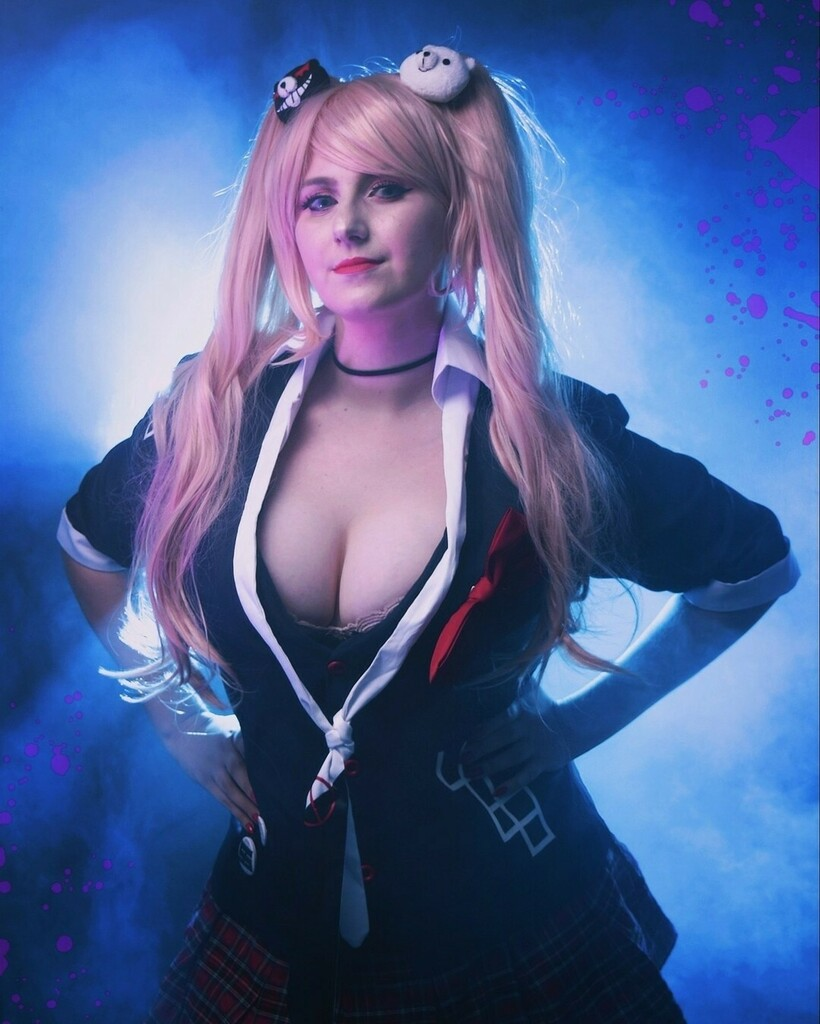 #JunkoEnoshima from #Danganronpa by #cosplayer @_mayushii_ Photo by @nunophotogomes  . . . #cosplay #sharemycosplay #cosplaylove #cosplayfan #cosplayersofinstagram #anime #animecosplay #Danganronpacosplay #JunkoEnoshimaCosplay #manga https://instagr.am/p/CDcDVajjTmb/pic.twitter.com/A6OcnaWBQf