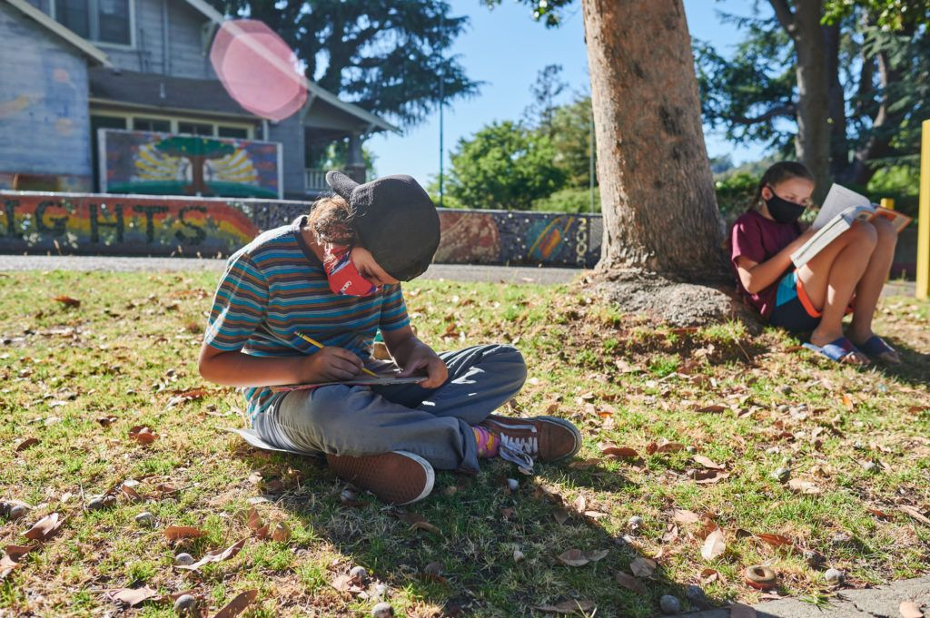 Our friends at @livingschoolyrd are doing great work in California!  But the power of outdoor learning can be used to help teachers in every state!  #EducationIsOpen https://t.co/PHGpKUUlz3 https://t.co/qXSG8NoQGR