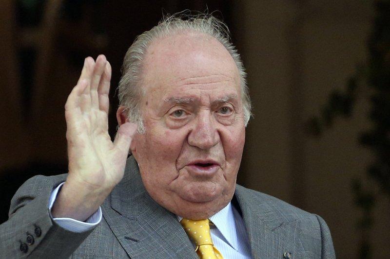Conmoción en España: En medio del escándalo de corrupción, el rey emérito Juan Carlos I anunció que abandona España https://t.co/L7XLSkoOwb a través de @ActualidadRadio https://t.co/7XWo13B6In