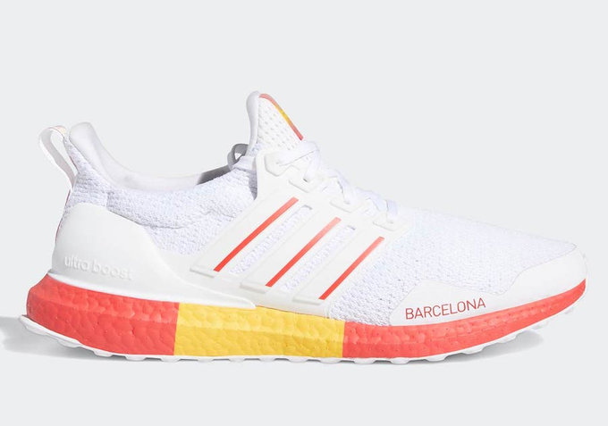 "#ad adidas UltraBOOST DNA ""Barcelona"" is available for $90 (Retail $180) + FREE SHIP  BUY HERE: https://bit.ly/2DddJ45 pic.twitter.com/x7toDAkyiv"